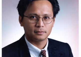 Prof. Moe Win from the Massachusetts Institute of Technology (MIT)