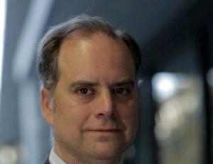 Deustalks Enrique Marazuela-rekin, ekonomia eta finantza arloko ikuspegi globalak