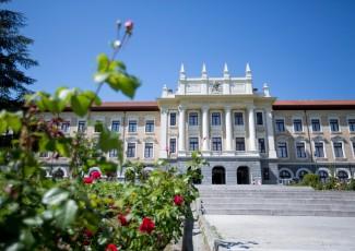 Acto de graduación del Grado en ADE+Programa en Desarrollo Directivo en el Campus de Bilbao