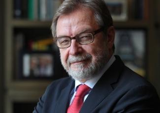 Lidergoko bazkaria Juan Luis Cebriánekin