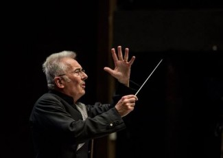 DeustoForum. David Parry.  Opera Bihotzetik concert series