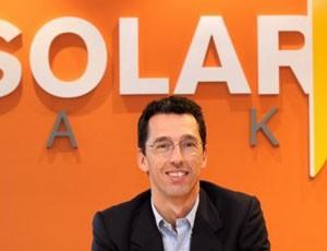 Deustalks Solarpack-eko kudeatzaile eta fundatzaile Pablo Burgosekin