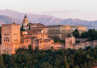 Deusto Business School will take part in the FIEP fair in Granada